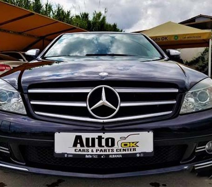 Mercedes-Benz C220 CDI 07 Manuale
